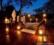 Gecenin Güzelliğinde Banyo Keyfi