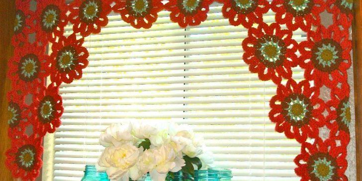 Modern Çiçek Desenli Perde Modelleri