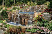Şelaleli Bahçe Dekorasyonu