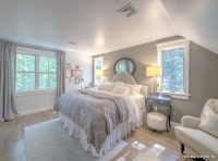 Açık Gri Renk Yatak Odası