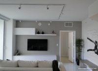 Gri Duvar Boyası ve Beyaz Detaylar