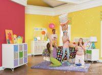 Pembe Sarı Duvar Boyalı Çocuk Odaları