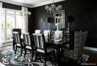 Siyah Beyaz Renklerde Yemek Odası