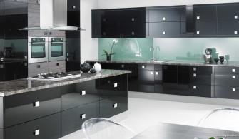 Geniş Mutfaklarda Siyah Mutfak Dolabı Modelleri